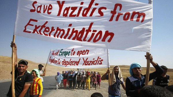 Yazidis torch Muslim homes in revenge for ISIS genocide