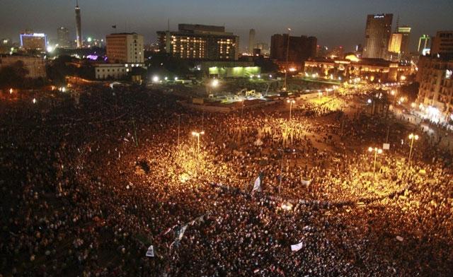 Thousands in Cairo's Tahrir Square protest verdicts in Mubarak trial