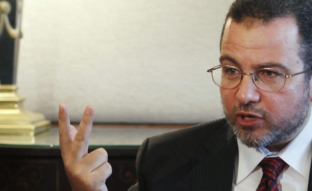 Egypt's PM to Visit Gaza, Meet Haniyeh