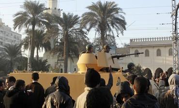 Tanks Deployed Outside Morsi's Palace