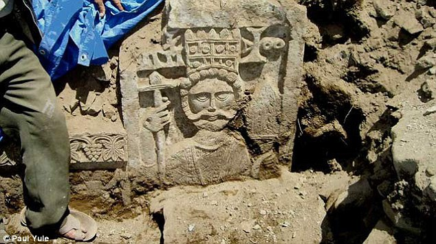 stone carving was found in Yemen and suggests the surrounding area was once under Christian rule
