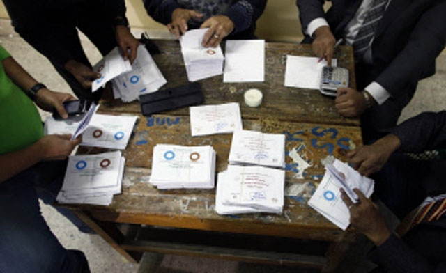 Egypt's opposition shouts 'violations,' calls for vote repeat