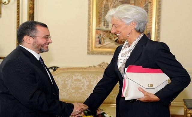 Egypt to reopen IMF loan talks next month as crisis bites