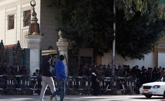 Egypt opposition hardens stand on Mursi, interior minister