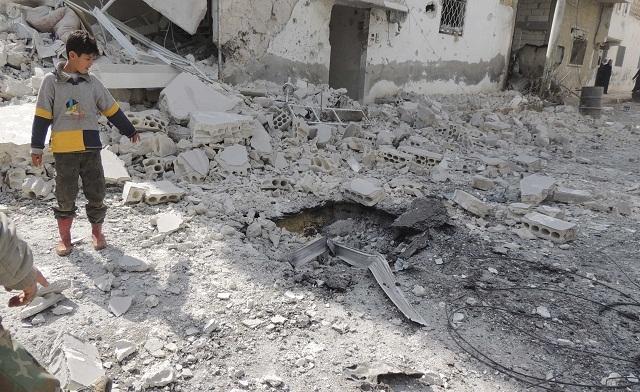 Powerful explosion rocks Damascus, Khatib to head to Rome