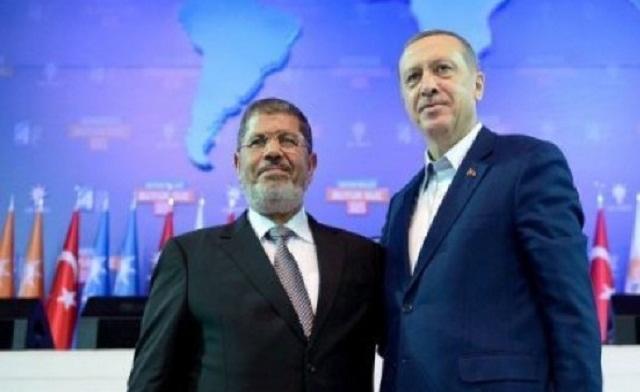 Erdogan R Mohamed Mursi AFP