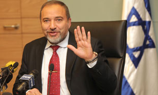 Liberman: Israel Will Not Be Dictated to by the PA
