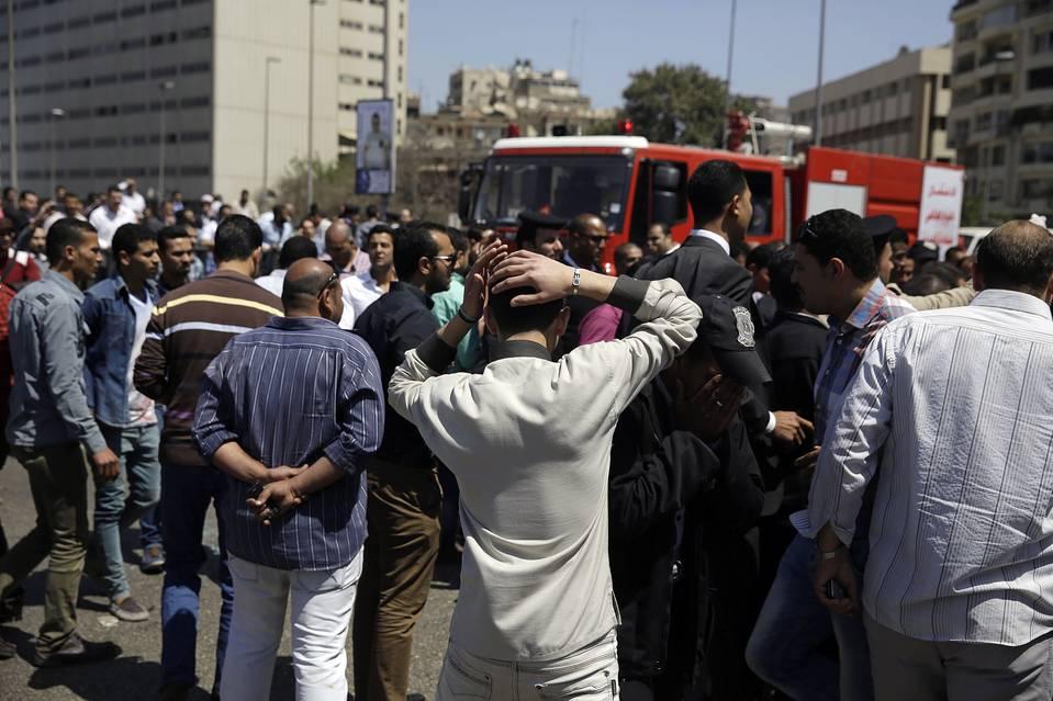 One Dead in Cairo Bridge Bombing, After Top Islamist Killed
