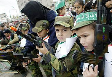 Hamas Training 17,000 Children