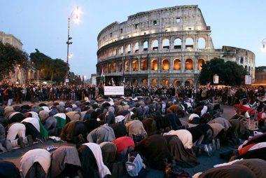 Muslims pray at Colussium